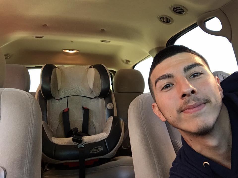 Installeret en Ipad i mit instrumentpanel gik til bilvask fundet medarbejdere Selfie på kamerarulle-3737