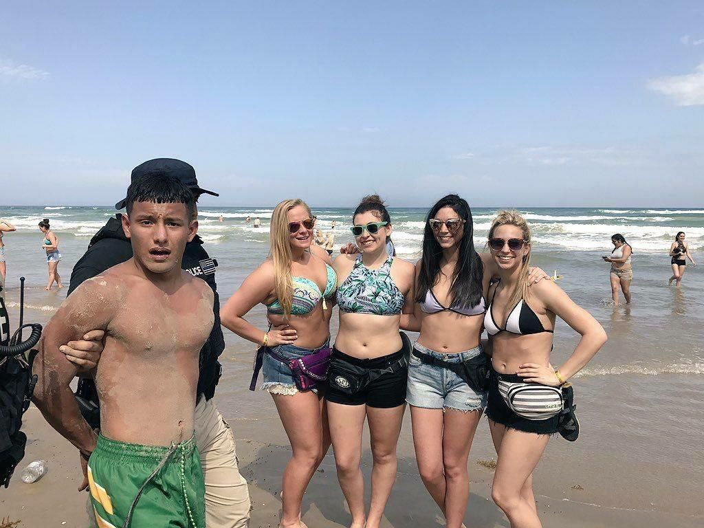 Spring Break photobomb