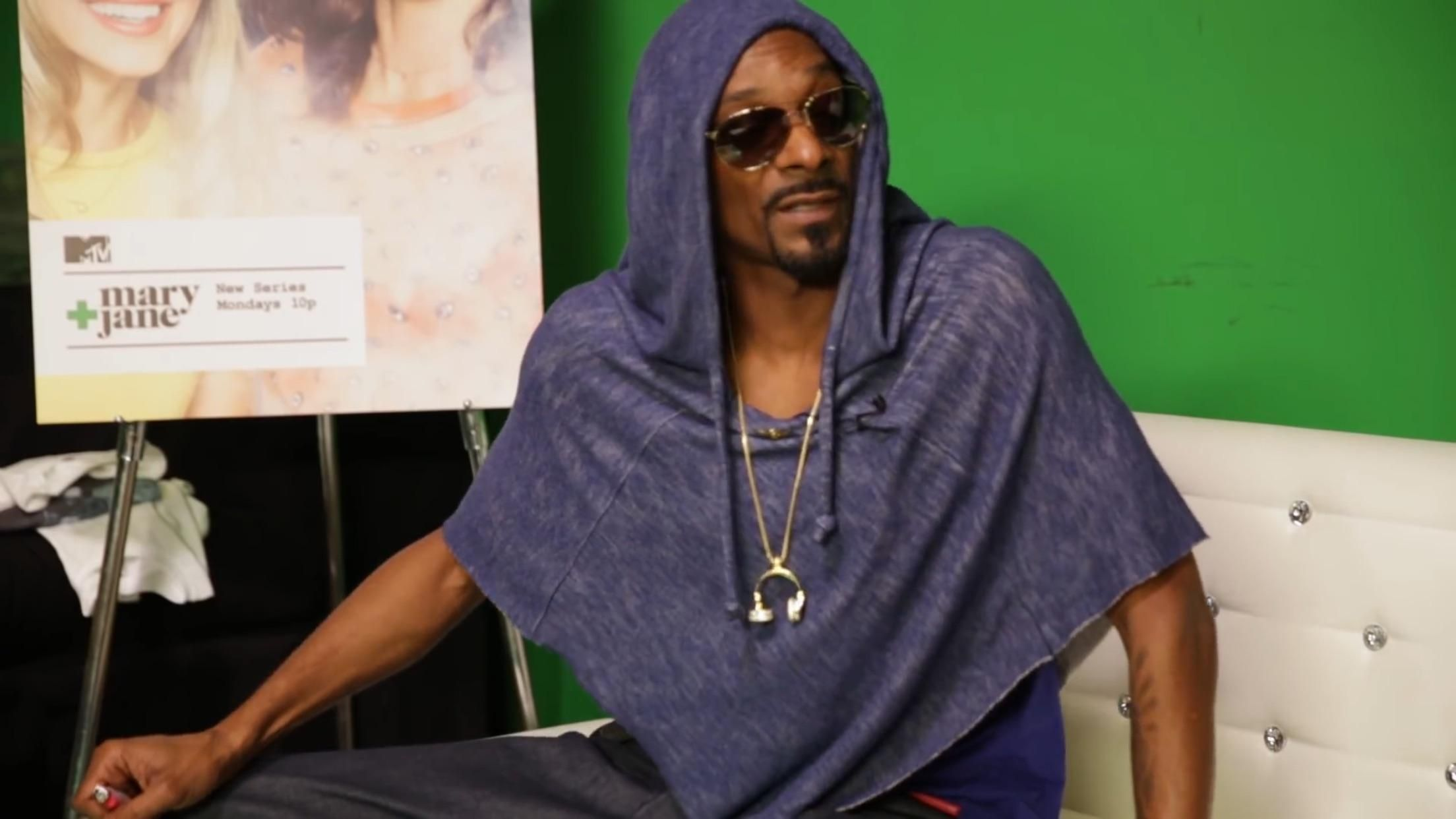 "I feel like I'm a confident dude, but one day I hope to be ""Snoop Dogg wearing 27% of a hoodie"" confident."