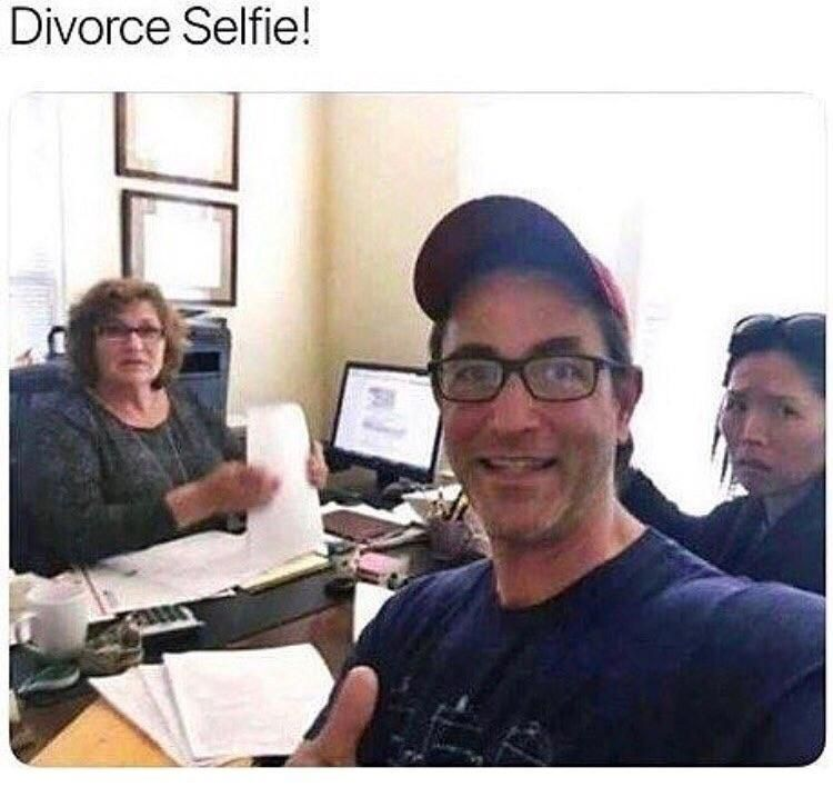 Divorce selfie!