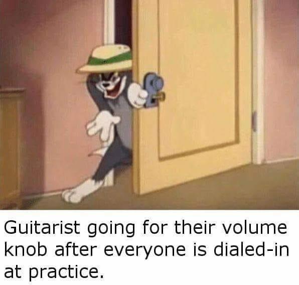L O U D