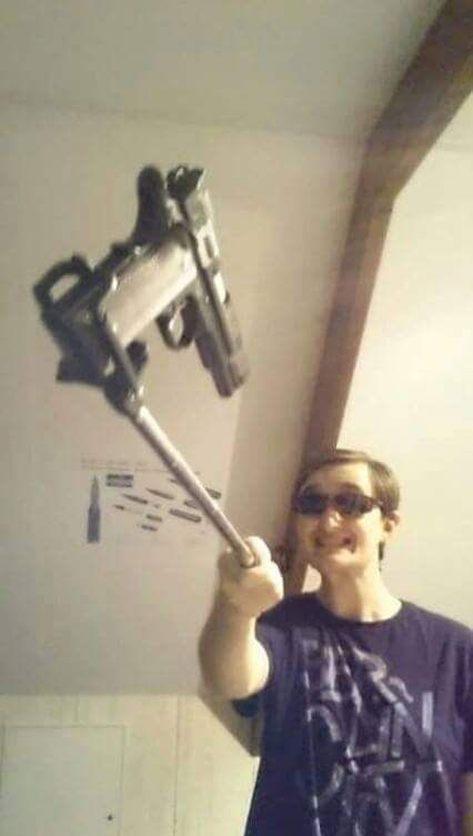 selfie Stick i accept.
