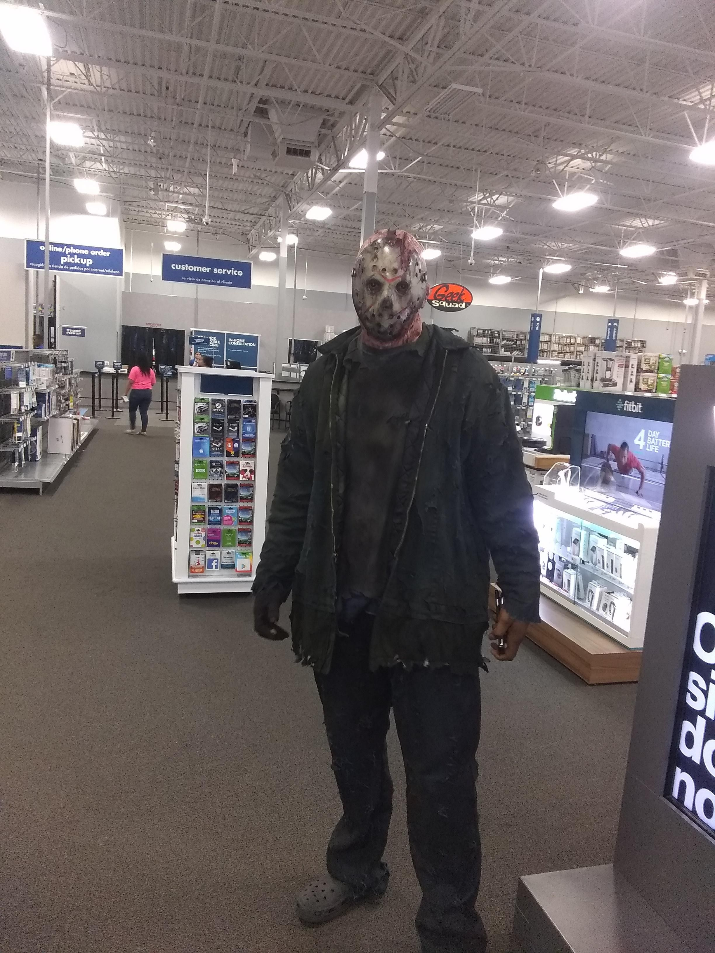 I work at best buy, almost shit my pants when jason came up behind
