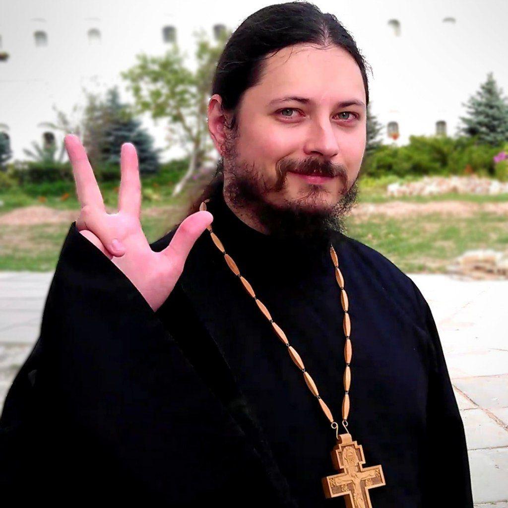 Russian hieromonk looks like Christian version of Post Malone