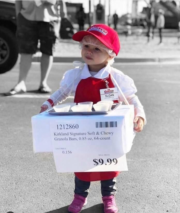 And the cutest costume of the decade goes to...