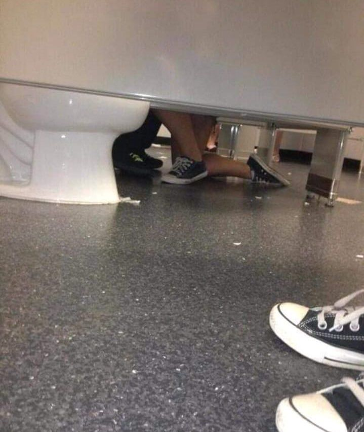 this lady proposing in the bathroom