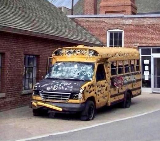 Mrs. Frizzle took the kids to Chicago