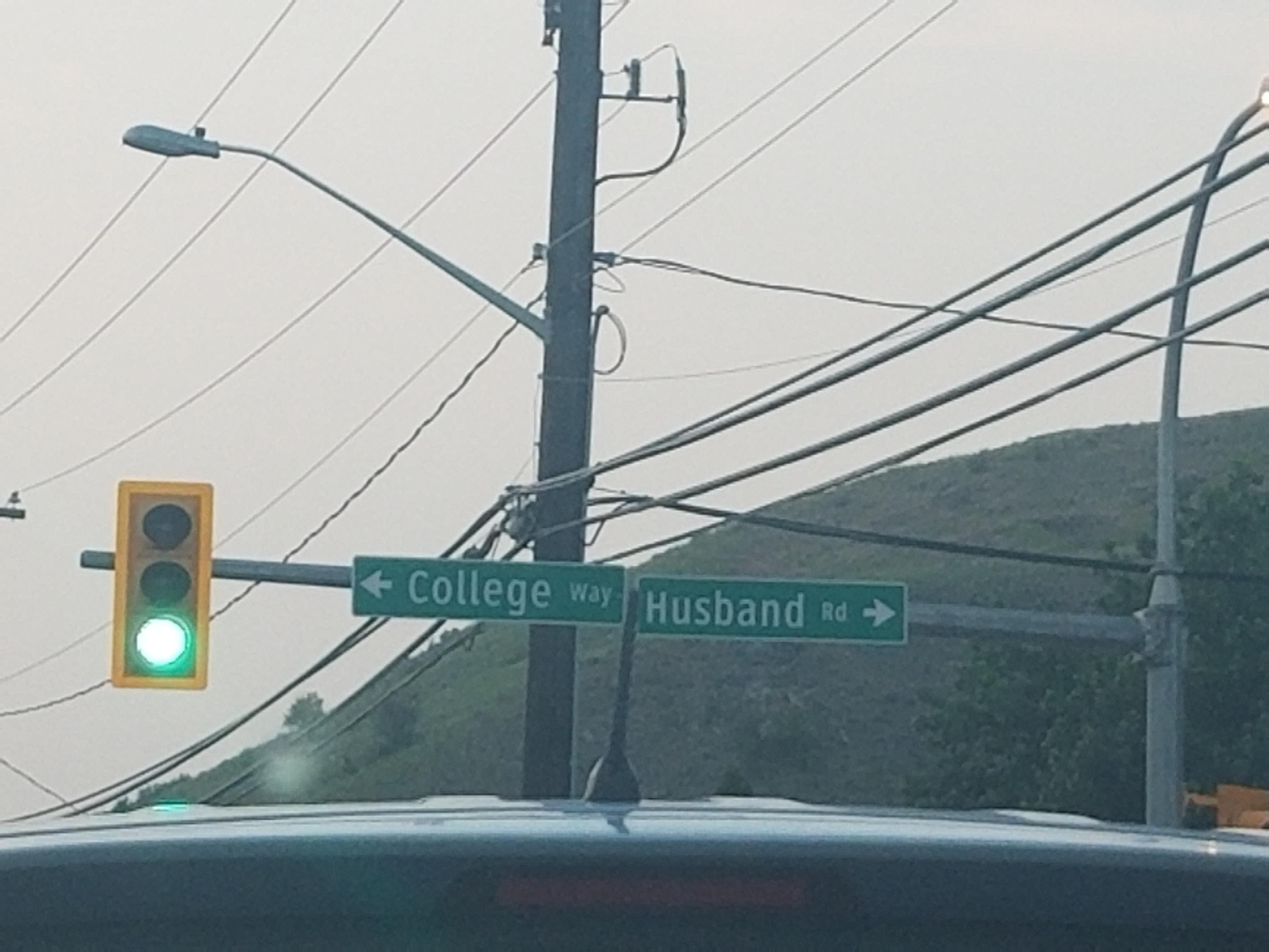 This intersection seems a little old-fashioned.