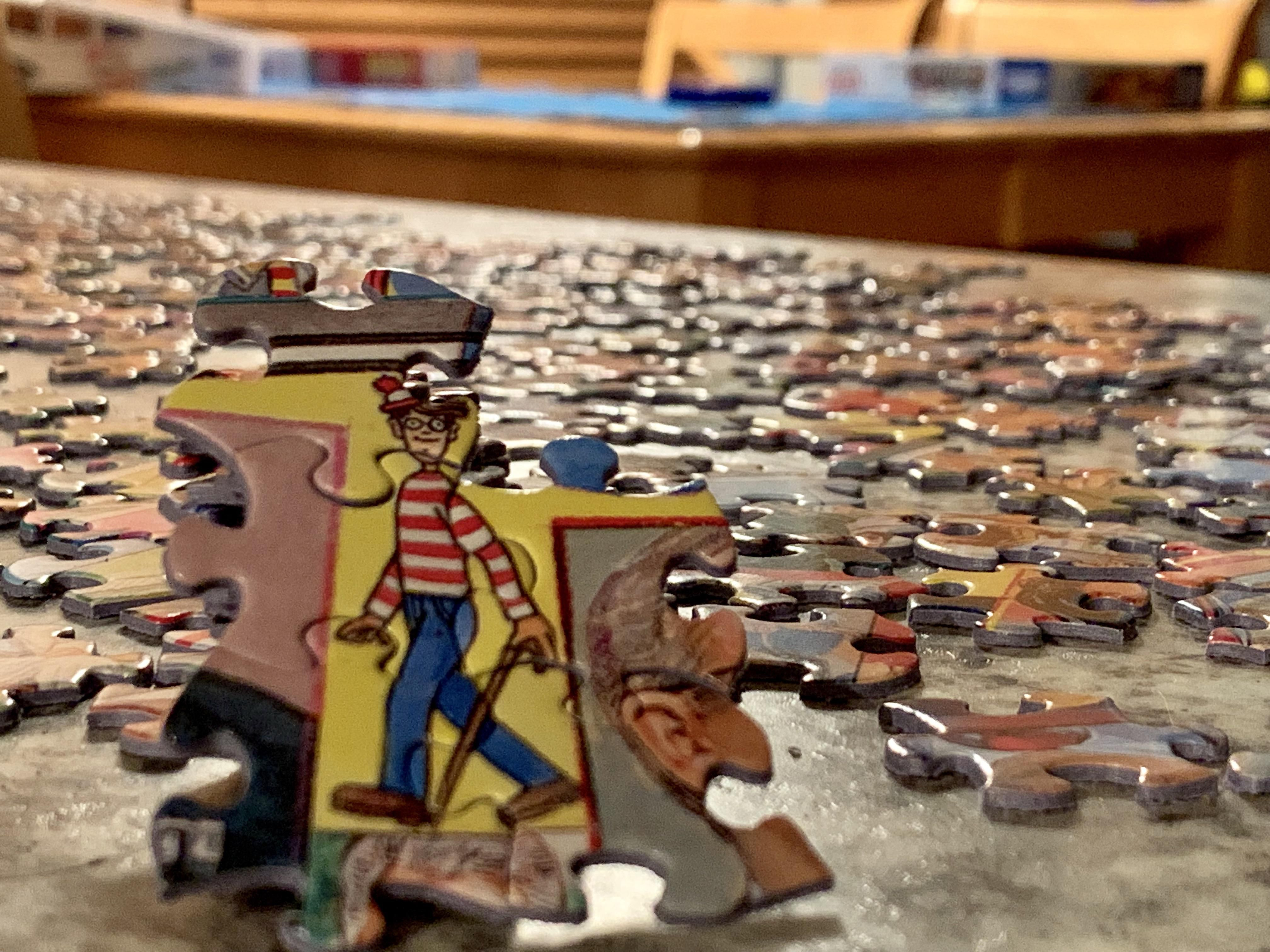 Working on a 1,000 piece puzzle...and guess whose dumbass was easy to find.