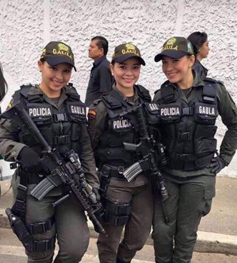 Colombian Cops can arrest me