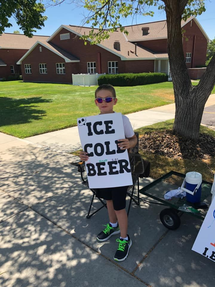 "This kid is a genuis: Utahns call cops on kid selling ""ICE COLD root BEER"" outside LDS Church"