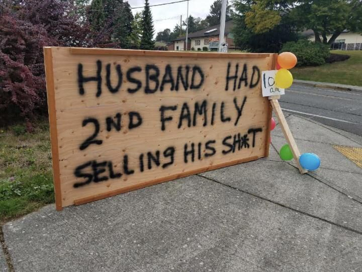 Garage sale sign seen today. Wonder how she did?