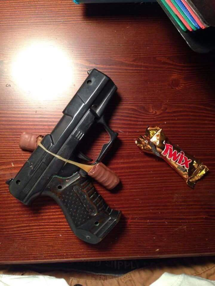 PSA: Parents please check your kids candy! Look what I found in my kids candy!