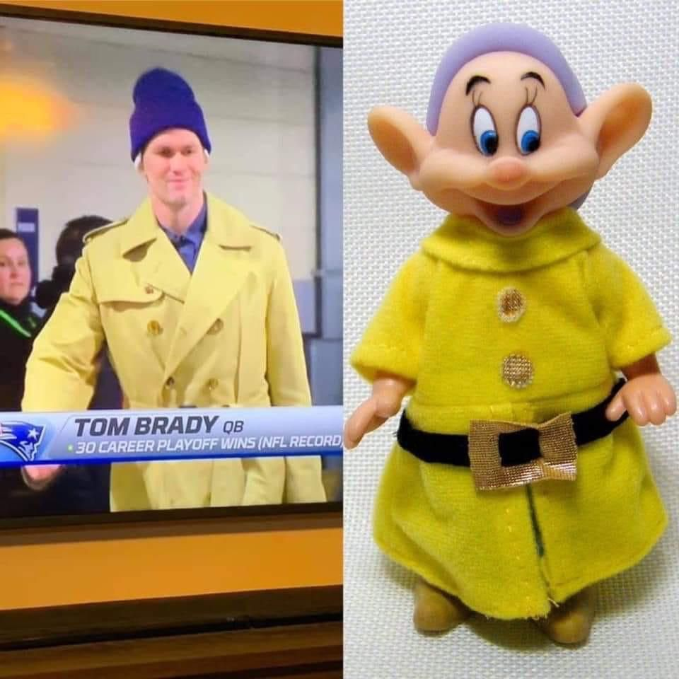 Tom Brady channeling his inner dwarf for yesterday's game.