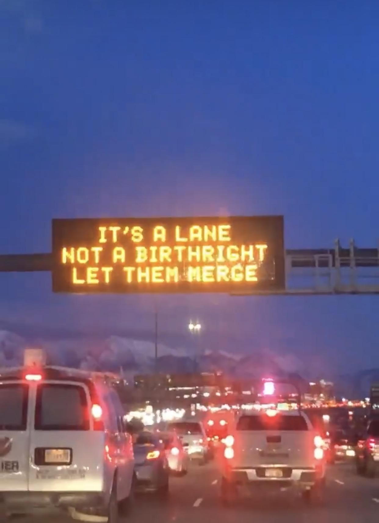 UTAH has its issues, but it's traffic signs are top notch