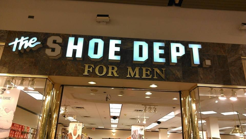 New strip club at the mall