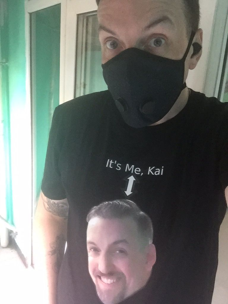 To avoid masked identity confusion my friend Kai made a helpful shirt.