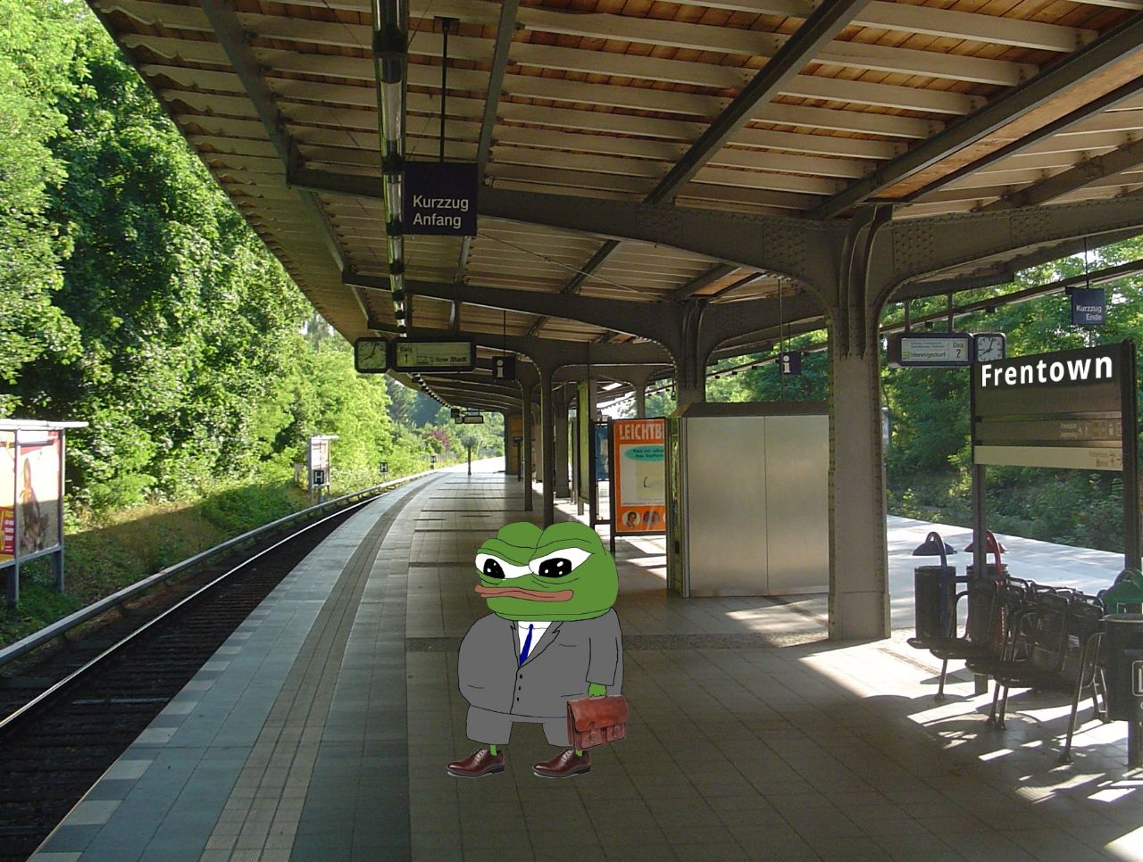 Time for a new week frens. Time to go to work