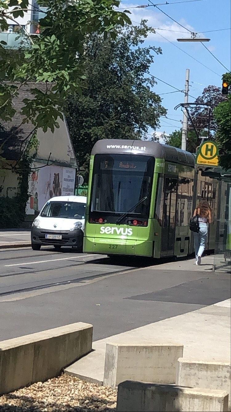 servus tram