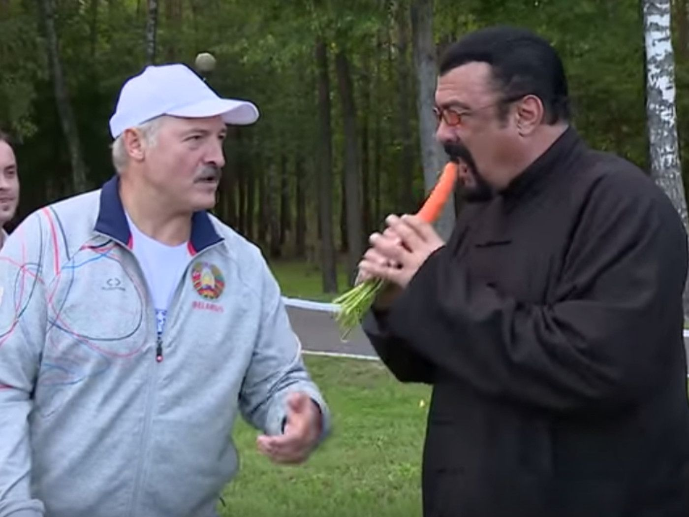 Lukashenko and Seagal approve the carrotposting