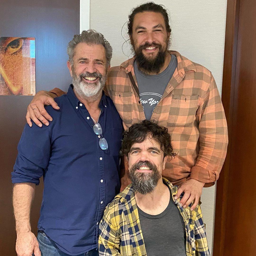 Mel Gibson, Jason Momoa and their son Peter