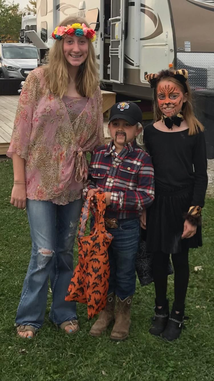 My nieces and nephew's Tiger king Halloween costumes.