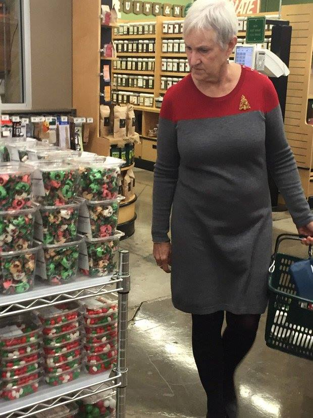 Such a modern wardrobe, I nearly mistook her for an admiral in the federation.