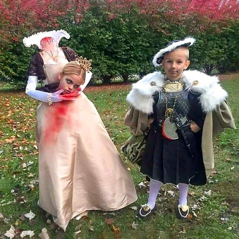 Henry the IIX and Ann Boylin trick or treating