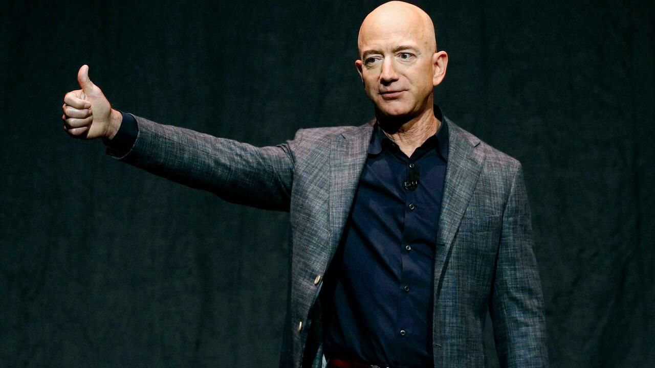Jeff Bezos gives a rousing speech to the Interplanetary Small Penis Alliance
