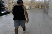 Me falling VS dancers
