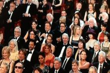 After Seth Macfarlane made the Chris Brown and Rihanna joke there was one man clapping