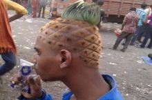 """What kinda cut you want?"" ""Gimme that spongebob swag"""